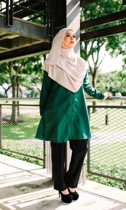 Dalia03- Tunik Blouse Muslimah Cotton Labuh Hijau 3