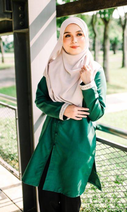 Dalia03- Tunik Blouse Muslimah Cotton Labuh Hijau 1