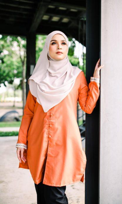 Dalia05 - Tunik Blouse Muslimah Cotton Labuh Oren 2