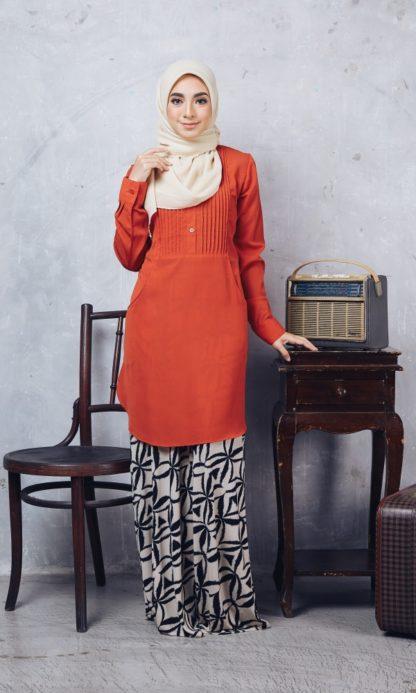 Nuha10 Blouse Muslimah Labuh Merah Bata 1