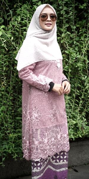 Karlina01 Baju Kurung Lace Karlina 2