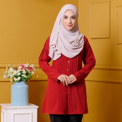 Afya02 Blouse Muslimah Merah Pleated Como Crepe 2
