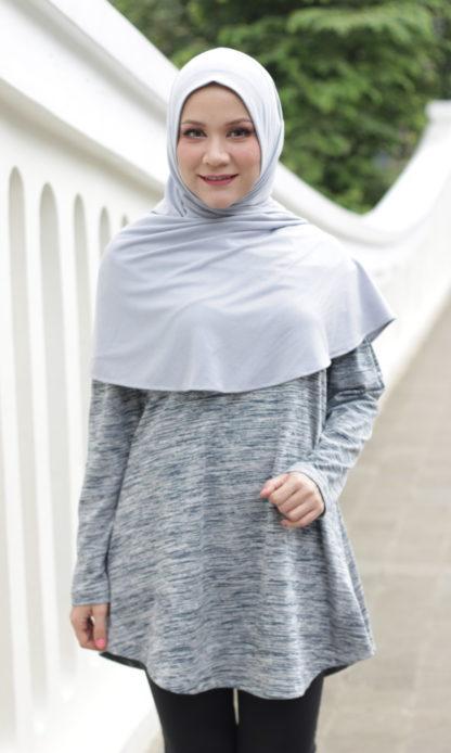 T Shirt Muslimah Haleema H9019B Hitam 1